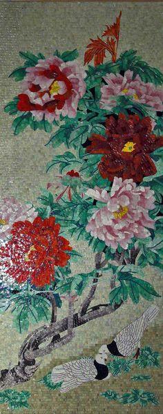 Mural mosaico de vidrio de ramas de árbol de floración
