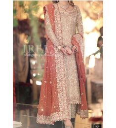 For orders and queries DM. #pakistanidesigners #pakistanibridals #pakistanibrides #pakistanidesignerbridals #pakistan #ootd #instastyle…