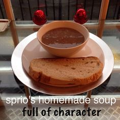 Hot, vegetarian,vegan soup 🍜 to cheer you up on a grey and wet Sunday# Sprio cafe#st stephen street#stockbridge#edinburgh#italian