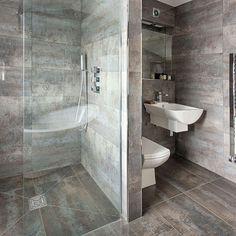 M s de 1000 ideas sobre azulejos del ba o de color gris en - Exposiciones de cuartos de bano ...