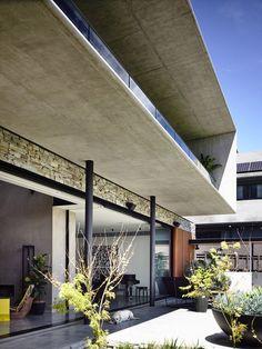 Concrete House,© Derek Swalwell