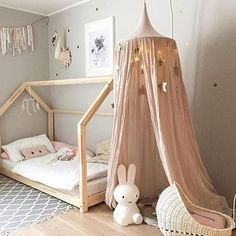 DIY kids deco chambre d enfant DIY kids deco kids room Baby Bedroom, Girls Bedroom, Bedroom Decor, Room Baby, Nursery Room, Canopy Bedroom, Girl Nursery, Playroom Decor, Baby Bedding