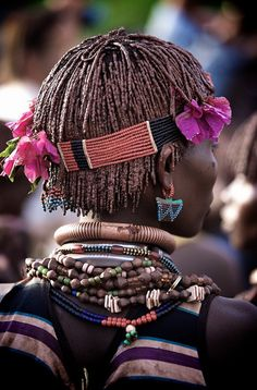 Africa | Details; Hamar woman at the Bull Jumping Ceremony.  Omo Valley, Ethiopia | ©Ingetje Tadros