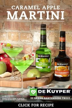 Caramel Apple Martini No tricks. Just treats. The DeKuyper Caramel Apple Martini is Halloween goodness, and easy to make. Thanksgiving Drinks, Fall Drinks, Christmas Drinks, Holiday Drinks, Party Drinks, Summer Drinks, Holiday Recipes, Mixed Drinks, Alcohol Drink Recipes
