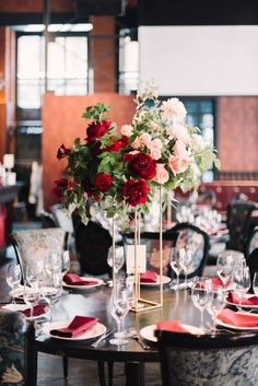 Wedding flowers centerpieces tall receptions 50 Ideas for 2019 Wedding Reception Flowers, Wedding Table, Floral Wedding, Wedding Ideas, Wedding Centerpieces Mason Jars, Flower Centerpieces, Tall Centerpiece, Home Luxury, Red Wedding Decorations