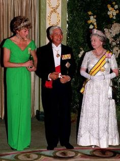 Princess Diana...her last appearance wearing a tiara 1993, with the Queen at a Royal function