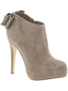 i have pumps like these in the same color, want the booties