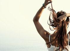 long hair en the beach