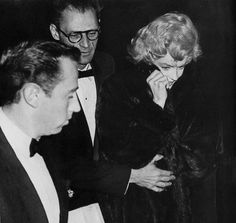 """Marilyn arriving at the dressers in London to prepare for the Royal Command Performance for the film """"The Battle of the River Plate"""" and to meet Queen Elizabeth II, 29 October 1956."""