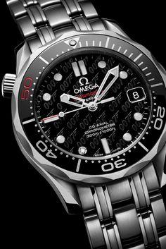 Omega Seamaster James Bond 007 note the diamond at 7 position