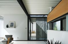 Gallery of Pierre Koenig's Historic Case Study House #21 Could Be Yours... for the Right Price - 15