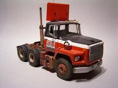 Big Ford Trucks, Model Truck Kits, Freight Truck, Diecast Models, Plastic Models, Scale Models, Tractor, Trailers, Boats