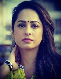 Indian Actress Pics, Indian Bollywood Actress, Indian Actresses, Super Video, Shiva Shankar, Unseen Images, Love You Gif, Hijabi Girl, Female Actresses