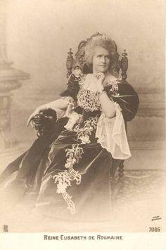 Carmen Sylva Queen Elisabeth of Romania Gallery Romanian Royal Family, Vintage Photos Women, Falling Kingdoms, Elisabeth, Women In History, Family History, Portraits, Royal House, Kaiser