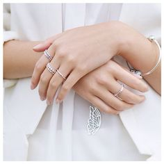 Melbourne-based blogger Vivian of Vivcha makes her all white outfit dazzle with PANDORA pieces in sterling silver and gold. #PANDORAstyle #PANDORAring #PANDORAnecklace #PANDORAbracelet