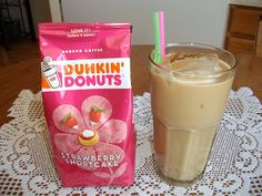 Domestic Goddess's Recipe Box: Strawberry Shortcake Iced Coffee