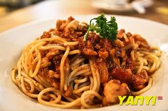 Italian Spaghetti with Chicken Bolognese Recipe