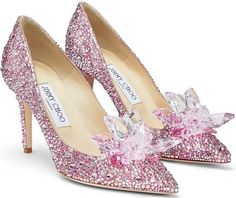 Jimmy Choo's Cinderella Crystal Shoes: Live Like a Fairy Tale Character Jimmy Choo Cinderella Shoes, Jimmy Choo Shoes, Prom Shoes Silver, Pink Shoes, Toe Shoes, Shoes Men, Shoes Sandals, Dress Shoes, Olympia Shoes