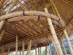 Bamboo Eco House Build - Page 6 Bamboo Art, Bamboo Crafts, Bamboo Ideas, Bamboo Building, Building A House, Tropical Ceiling Fans, Bamboo House Design, Eco Buildings, Bamboo Structure