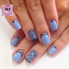 Nails linda #blue#bebe#filha#única#arabescos#mimo #madahsantana #manicure #nailartes #naoéadesivo #tudofeitoamaolivre #traçolivre