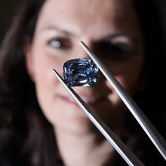 A rare deep-blue diamond ring worth more than One Million Pounds could make history when it goes on sale this month. Most Expensive Diamond Ring, Most Expensive Engagement Ring, Expensive Rings, 77 Diamonds, Colored Diamonds, It Goes On, Blue Rings, Sapphire Diamond, Deep Blue
