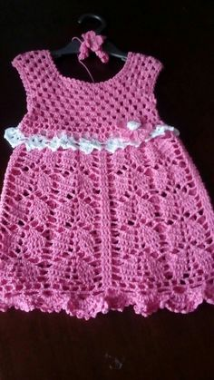 Crochet Baby Poncho, Crochet Baby Clothes, Crochet Top, Crochet Stitches Patterns, Stitch Patterns, Crochet Skirts, Crochet For Kids, Little Girls, Outfits