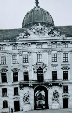 248 Wien I., In der Burg_ Weissgarberlande 564 Vintage Postcards, Taj Mahal, Building, Travel, Vintage Travel Postcards, Viajes, Buildings, Destinations, Traveling