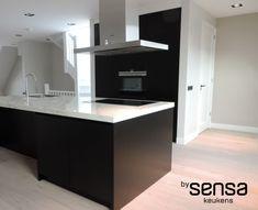 Keuken Gietvloer Marmer : Beste afbeeldingen van keukens by sensa attic black walls
