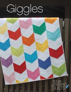 #gigglesquilt - New baby quilt pattern from Jaybird Quilts