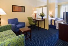 Springhill Suites by Marriott Fisher has 130 stylish suites located near Klipsch Music Center and Conner Prairie. Hotel features: Pantry with sink, microwave & refrigerator; large desk, free Wi-Fi, in-room coffee/tea, cable TV, daily housekeeping.