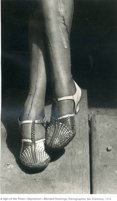 Dorothea Lange  A sign of the times – Depression. Mended stocking, Stenographer, San Francisco 1934.