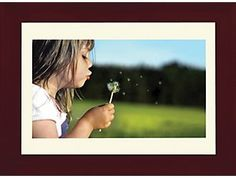 Emachines Digital Picture Frame With Built In Memory DPF 1331 Best Digital Photo Frame, Picture Frames For Sale, Photo Studio, Cool Things To Buy, Walmart, Presentation, Polaroid Film, Memories, Building