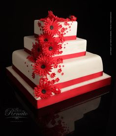 Beautiful cake with red flowers!