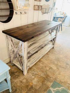 Rustic Farmhouse Furniture, Farmhouse Buffet, Farmhouse Interior, Vintage Farmhouse, Country Farmhouse, Modern Interior, Rustic Console Tables, Buffet Console, Rustic Table