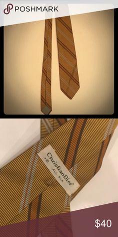 CHRISTIAN DIOR VINTAGE GOLD TIE Vintage all silk Christian Dior Tie Christian Dior Accessories Ties