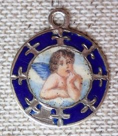 Engerl Maria Zell Charms, Christmas Ornaments, Holiday Decor, Accessories, Antiquities, Christmas Jewelry, Christmas Decorations, Christmas Decor, Jewelry Accessories