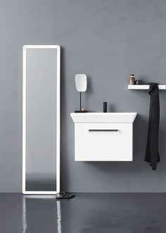 Calidris bathroom furniture - why not place the mirror differently?