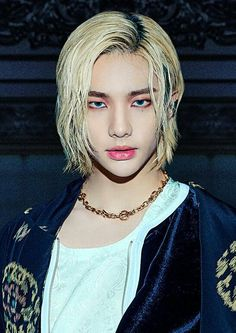 Drama Queens, China, Kpop, Handsome Boys, Baby Photos, Bangs, Hot Guys, Hairstyle, Long Hair Styles