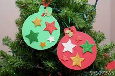 Home Decorating Ideas For Cheap Christmas crafts with children - DIY craft ideas - Christmas crafts - DIY . Foam Christmas Ornaments, Cheap Christmas Crafts, Christmas Decorations For Kids, Christmas Crafts For Toddlers, Kids Christmas, Simple Christmas, Photo Ornaments, Christmas Pictures, Homemade Christmas