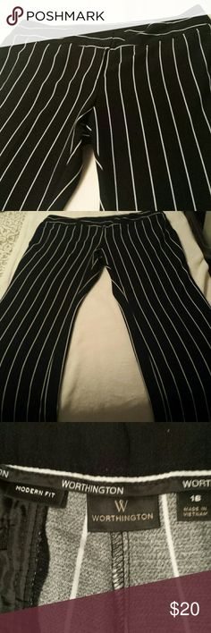 Worthington Modern Fit Stripped Trouser Pants 16 These Worthington Modern Fit Black and White Stripped Trouser Pants are 43 inches in length. They have two hip pockets, two back pockets, normal rise, straight leg, button hook zipper enclosure, and no pilling. These trousers are in excellent condition. Worthington Pants Trousers