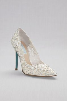 Complete your bridal look with the perfect wedding shoes at David's Bridal. Our bridal shoes include wedding & bridesmaid shoes in various styles & colors. Best Bridal Shoes, Bridal Wedding Shoes, Wedding Pumps, Wedding Jewelry, Ivory Wedding, Dress Wedding, Elegant Wedding, Bridal Heels, Bridal Jewellery