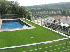Prepara tu jardín para el verano con césped artificial