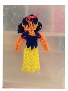 How To Make A Rainbow Loom Snow White Charm; Disney Princess Series
