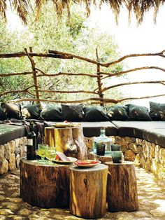 Rustic outdoor seating area -- absolutely perfect:-) very appealing