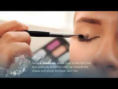 Disney Makeup How-To: Cinderella Storylook Eyeshadow Palette