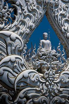 Chiang Rai: Wat Rong Khun (วัดร่องขุ่น)