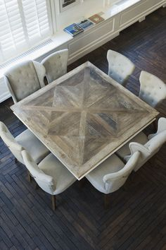 Nico Tijsen, Creative Director bij Riviera Maison - table Inspiratie voor je interieur Awesome inlays in this squares dining table.