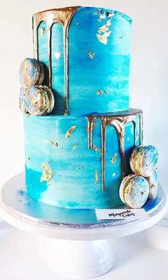 Marguerite Cakes 18th Birthday Cake Designs, Birthday Cakes, 40th Cake, Macaron Cake, Candy Cakes, New Cake, Cake Trends, Cakes For Men, Colorful Cakes