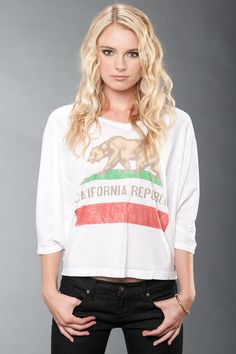 California Republic Tee by Chaser, Need this :) Fillerup California Cool, California Bear, California Republic, Fashion Outfits, Womens Fashion, Passion For Fashion, What To Wear, Summer Outfits, Dress Up