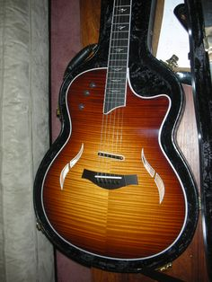 2010 Taylor TC One of the nicest Ive  ever seen Link below  along with 50 th edition  LP Original & wild Horses